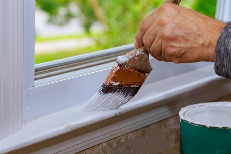 Gdzie warto zastosować białą farbę lateksową?